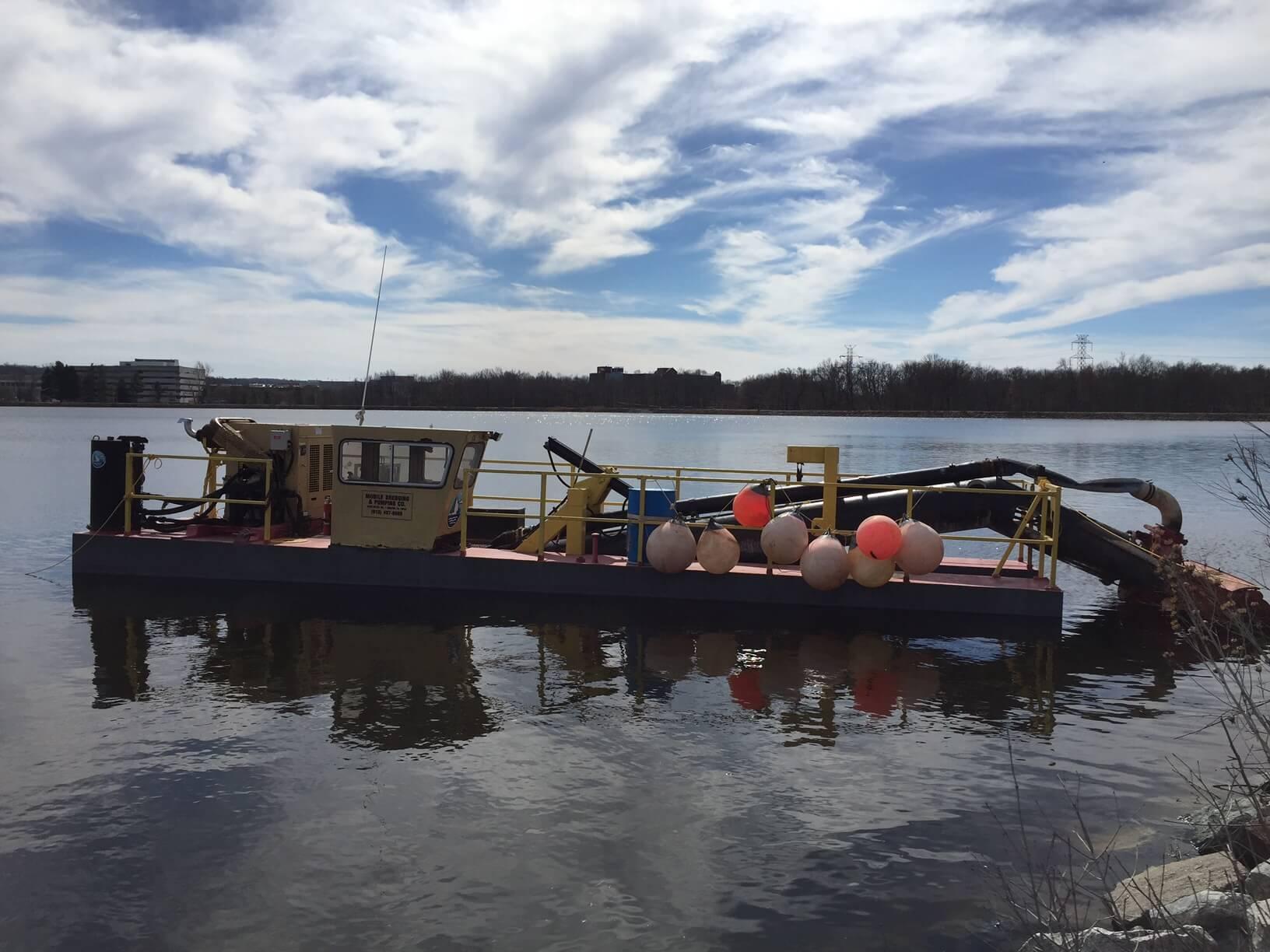 Lower Crum Creek Reservoir Dredging - Mobile Dredging Video Pipe